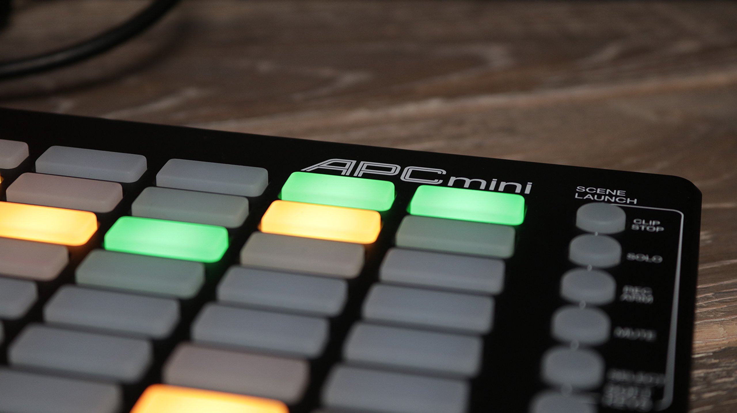 Akai Professional APC Mini | Compact Ableton Live controller with Ableton Live Lite Download (8x8 Backlit Clip-Launch Grid) by Akai (Image #7)