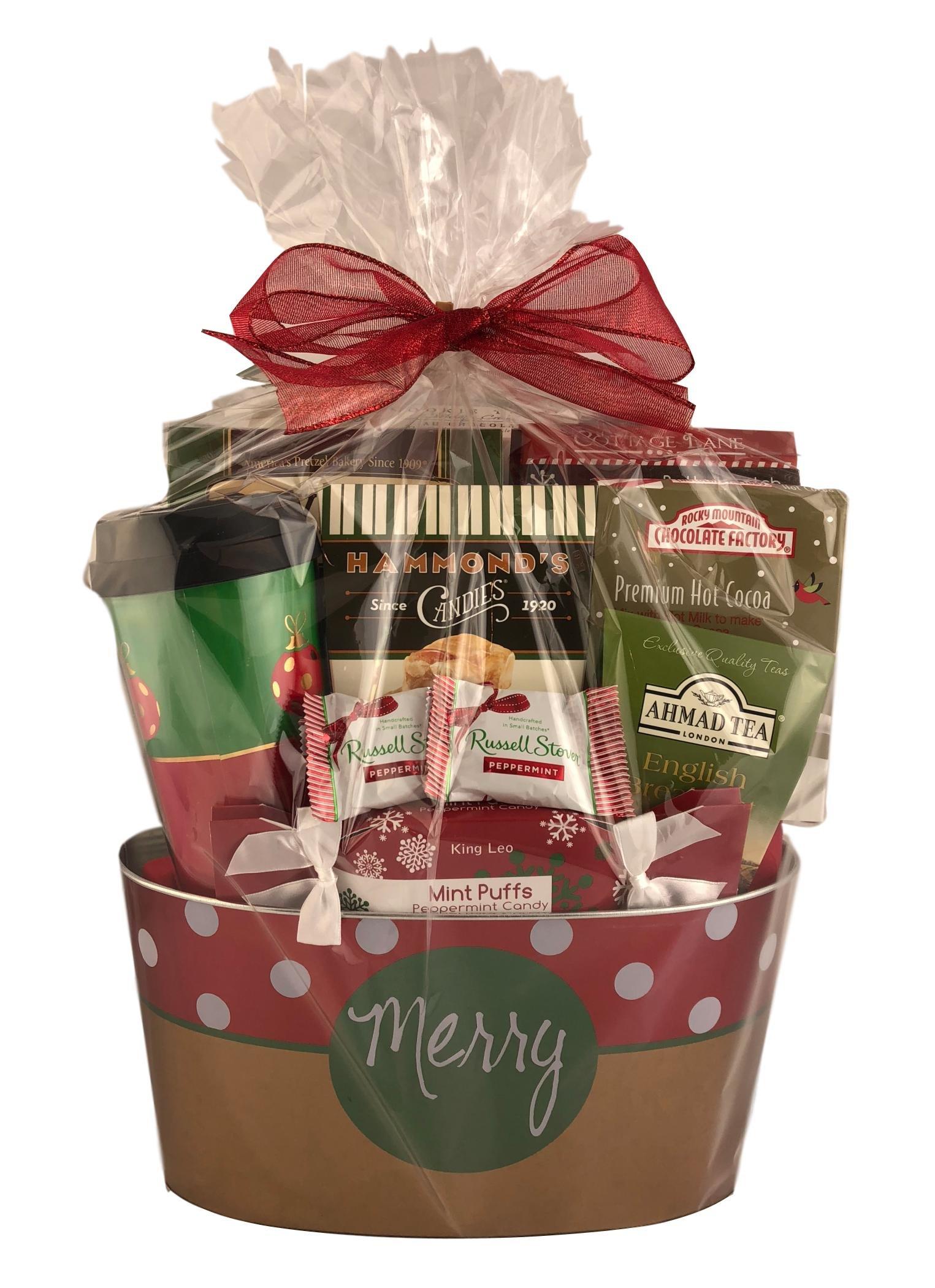 Amazon.com : Holiday Christmas Gift Basket Premium Assorted Snacks ...