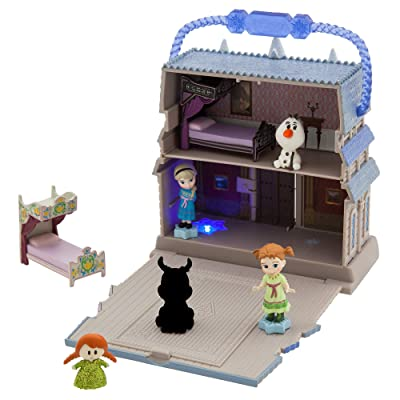 Disney Animators' Collection Arendelle Castle Surprise Feature Playset - Frozen: Toys & Games
