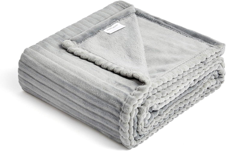 FFLMYUHUL I U Fuzzy Throw Blanket with Super Soft and Warm Throw Flannel Blanket