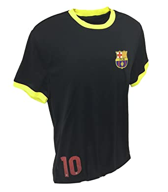 5a5b3184d0d Euro Soccer Men's Fc Barcelona Small Logo at Chest Tee at Amazon Men's  Clothing store: