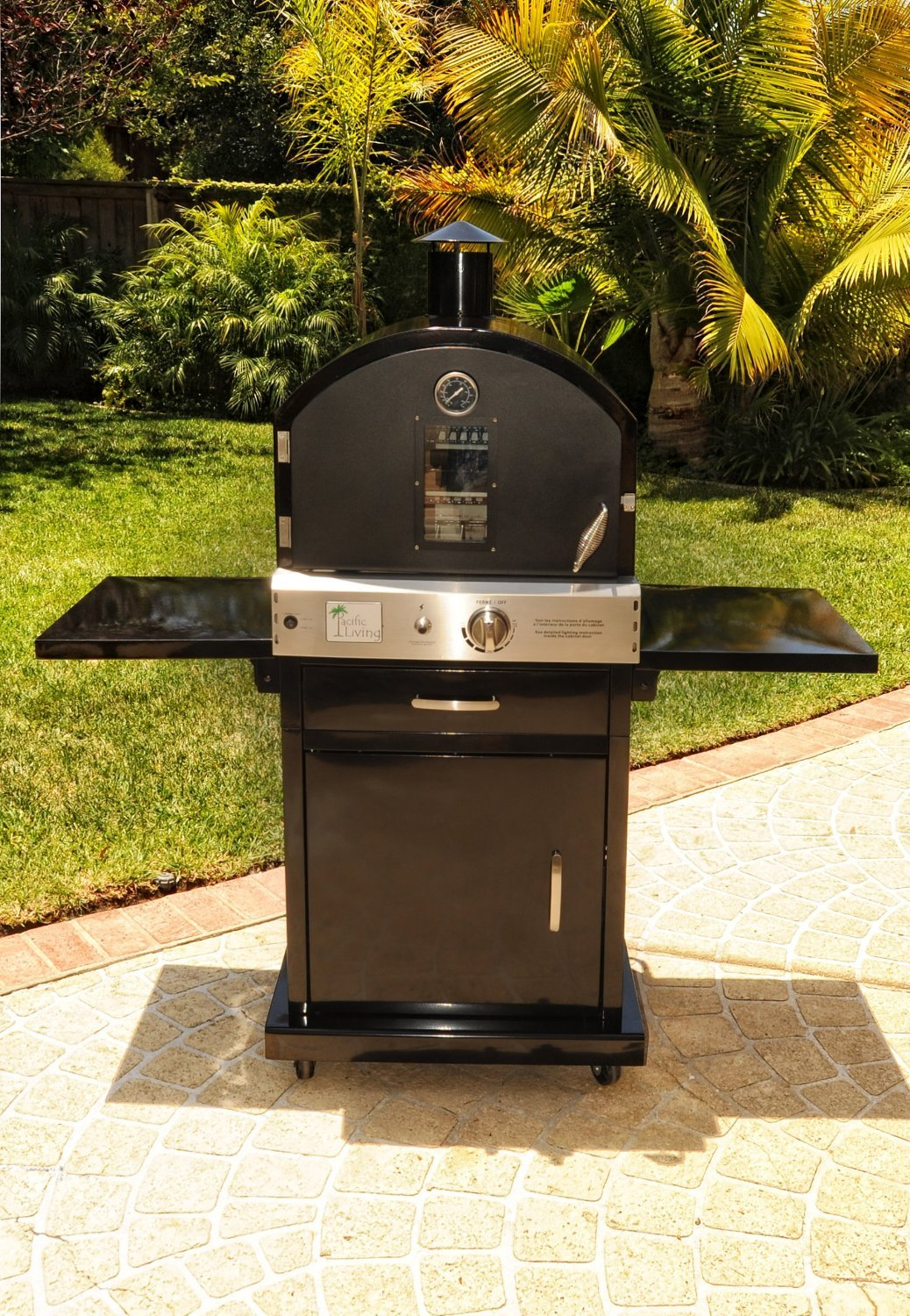 Amazon.com: Pacific Living Outdoor Large Capacity Gas Oven With Pizza  Stone, Smoker Box And Mobile Cart, Black Powder Coat: Garden U0026 Outdoor