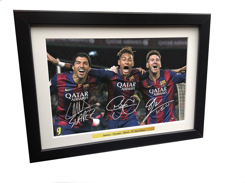 Bild mit Autogrammen von Lionel Messi, Neymar Jr, Luis Suarez vom FC Barcelona, A4 kicks