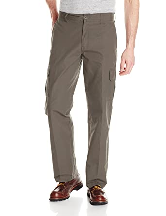 f13c02154de Amazon.com  Dickies Men s Relaxed Straight Lightweight Ripstop Cargo Pant   Clothing
