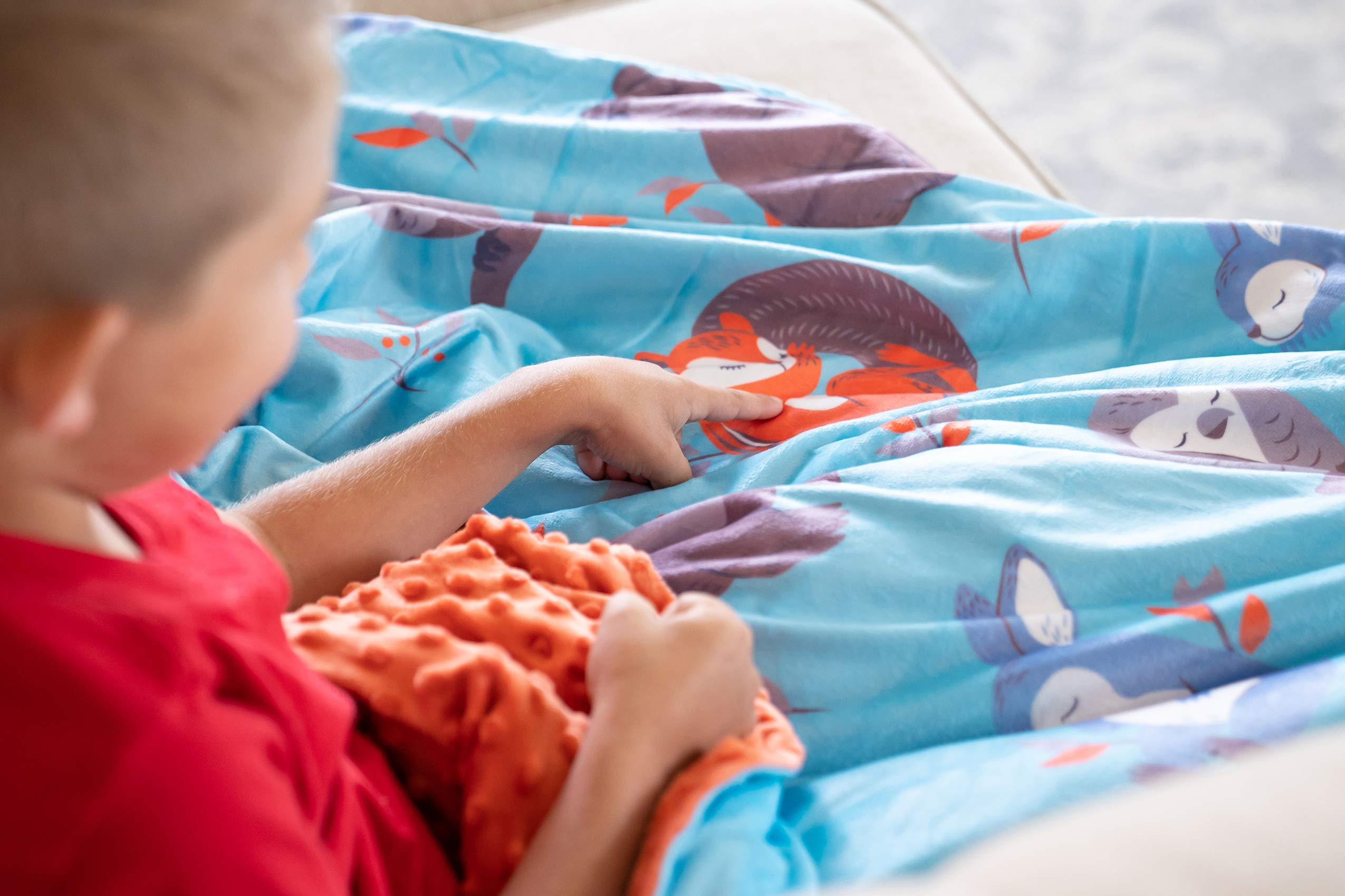 Sweetzer & Orange Weighted Blanket for Kids 5lbs Heavy Blanket, Best for 42-63lb Children - Warming and Cooling Weighted Comforter with Minky Cover (5lb, Sleepy Animals) by Sweetzer & Orange (Image #9)