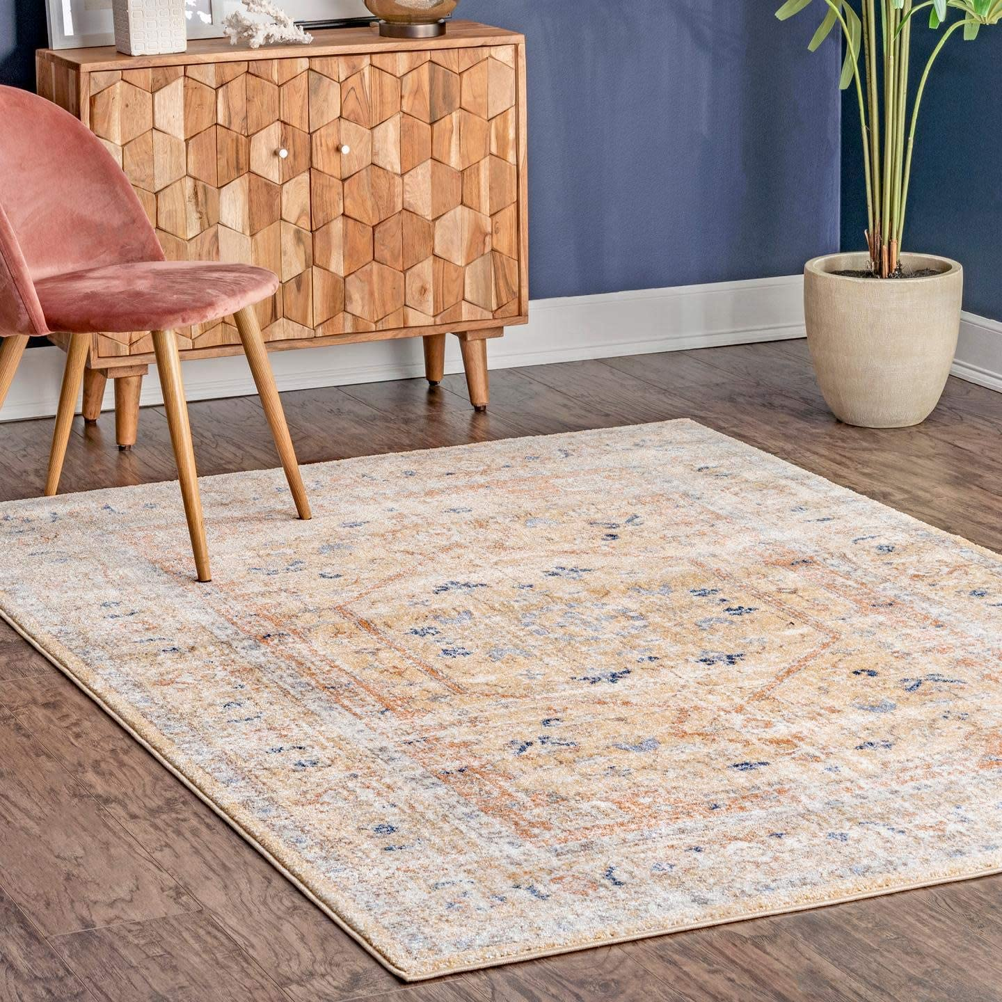 Shop nuLOOM Vintage Jacquie Floral Area Rug, 8' x 10', Gold from Amazon on Openhaus