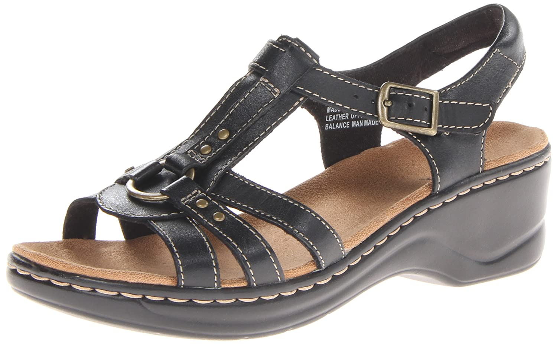clarks trekking sandals