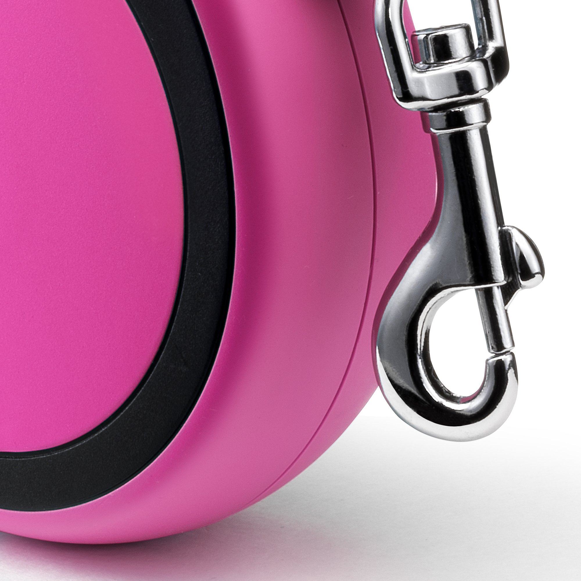 Flexi New Comfort Retractable Dog Leash (Tape), 16 ft, Medium, Pink by Flexi (Image #4)
