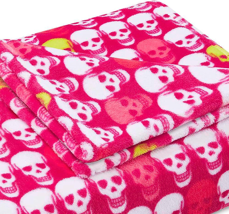 Betsey Johnson Throw, 50x70, Skull Party Totenkopf Party