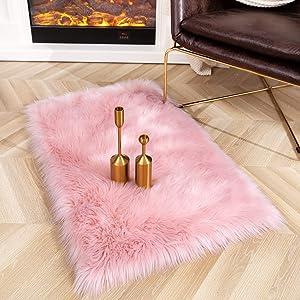 Ompaa Ultra Soft Faux Fur Rugs, Fluffy Sheepskin Area Rug for Bedroom Bedside Living Room Sofa Decor, Washable No-Shedding, 2x4 Feet Pink