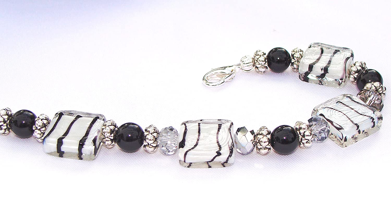 Zebra Print Black and White Bracelet with Crystals #MothersDay #blackandwhite #zebrabracelet #giftsforher #animalprintbracelet #handmadeatamazon