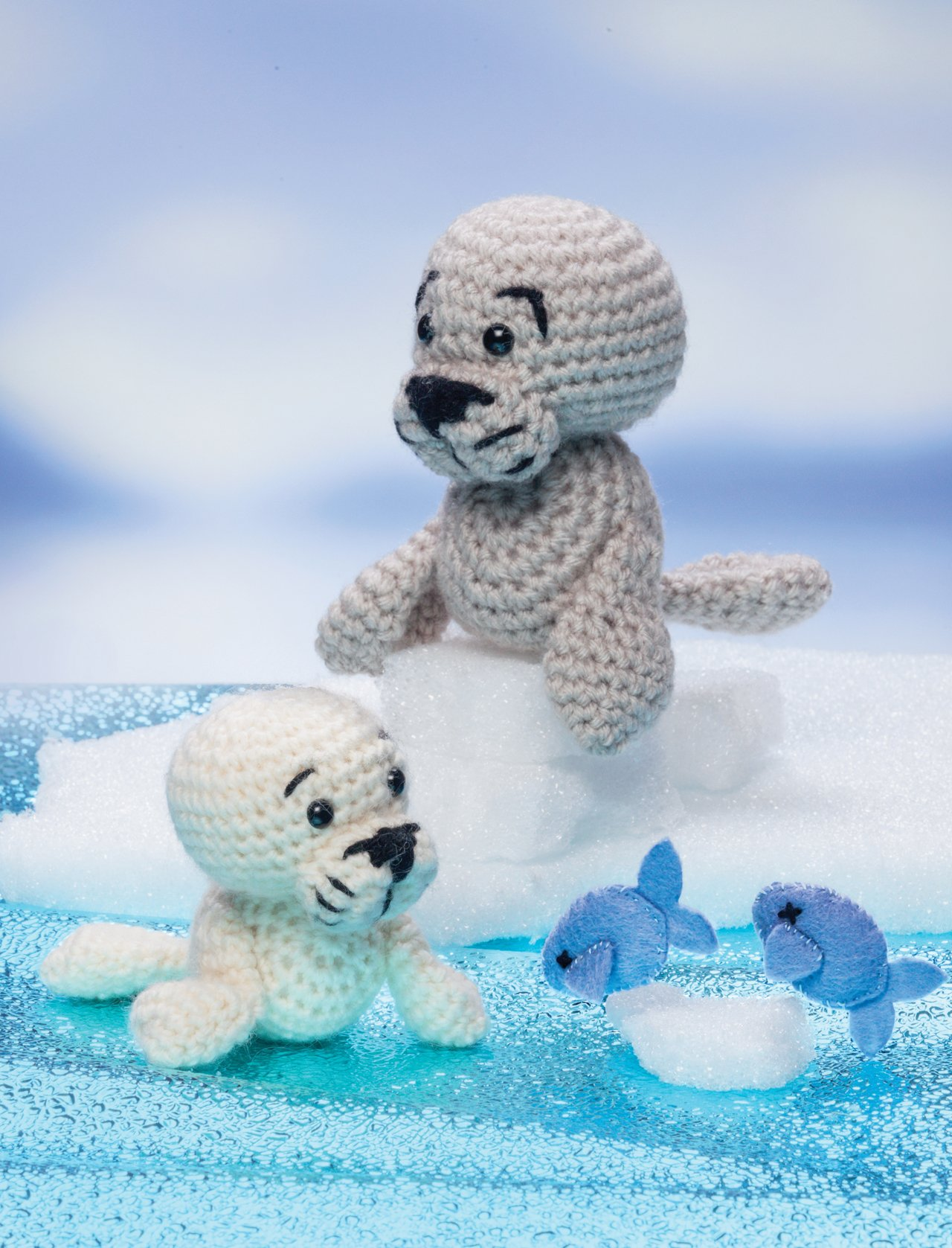 Crochet a Zoo: Fun Toys for Baby and You: Megan Kreiner: 9781604682731:  Amazon.com: Books