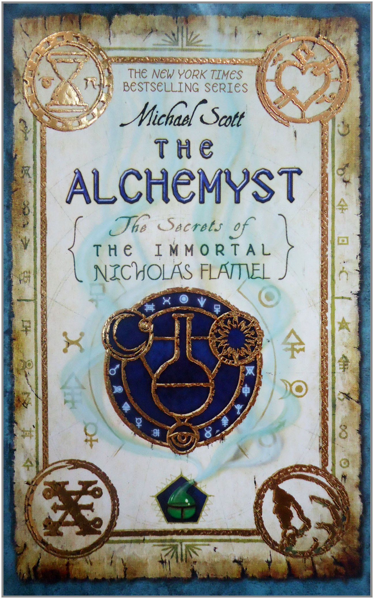 Amazon: The Alchemyst: The Secrets Of The Immortal Nicholas Flamel  (9780385736008): Michael Scott: Books