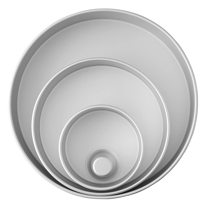 Wilton Decorator Preferred Aluminum Round Cake Pans Set, 4-Piece 2105-6150
