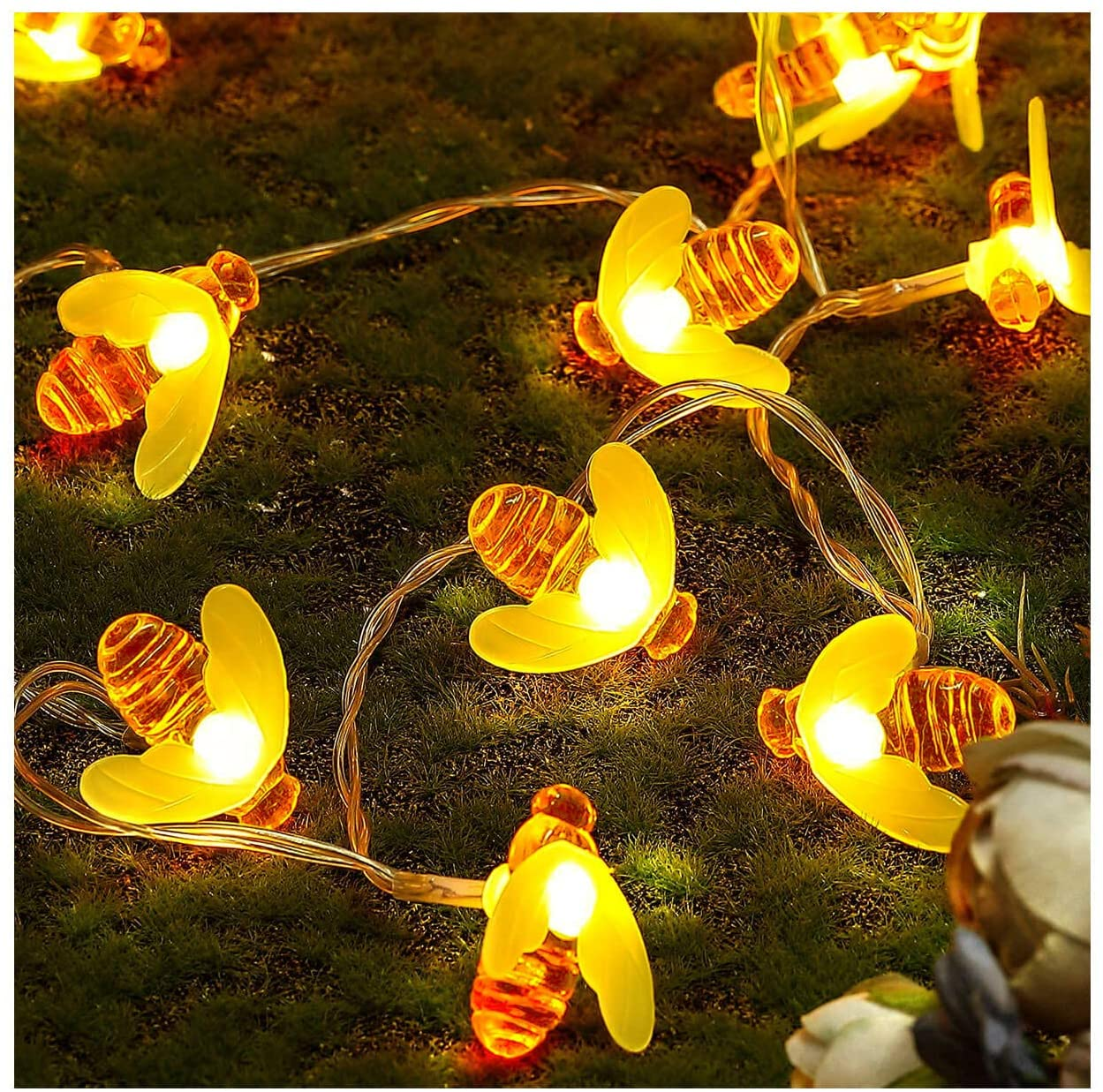 SEMILITS Honey Bee String Lights 8 Modes 30 LED Cute Bee Decor String Light Battery Operated Fairy Graden Lights for Wreath Christmas Party Patio Camping Indoor Outdoor Decorations