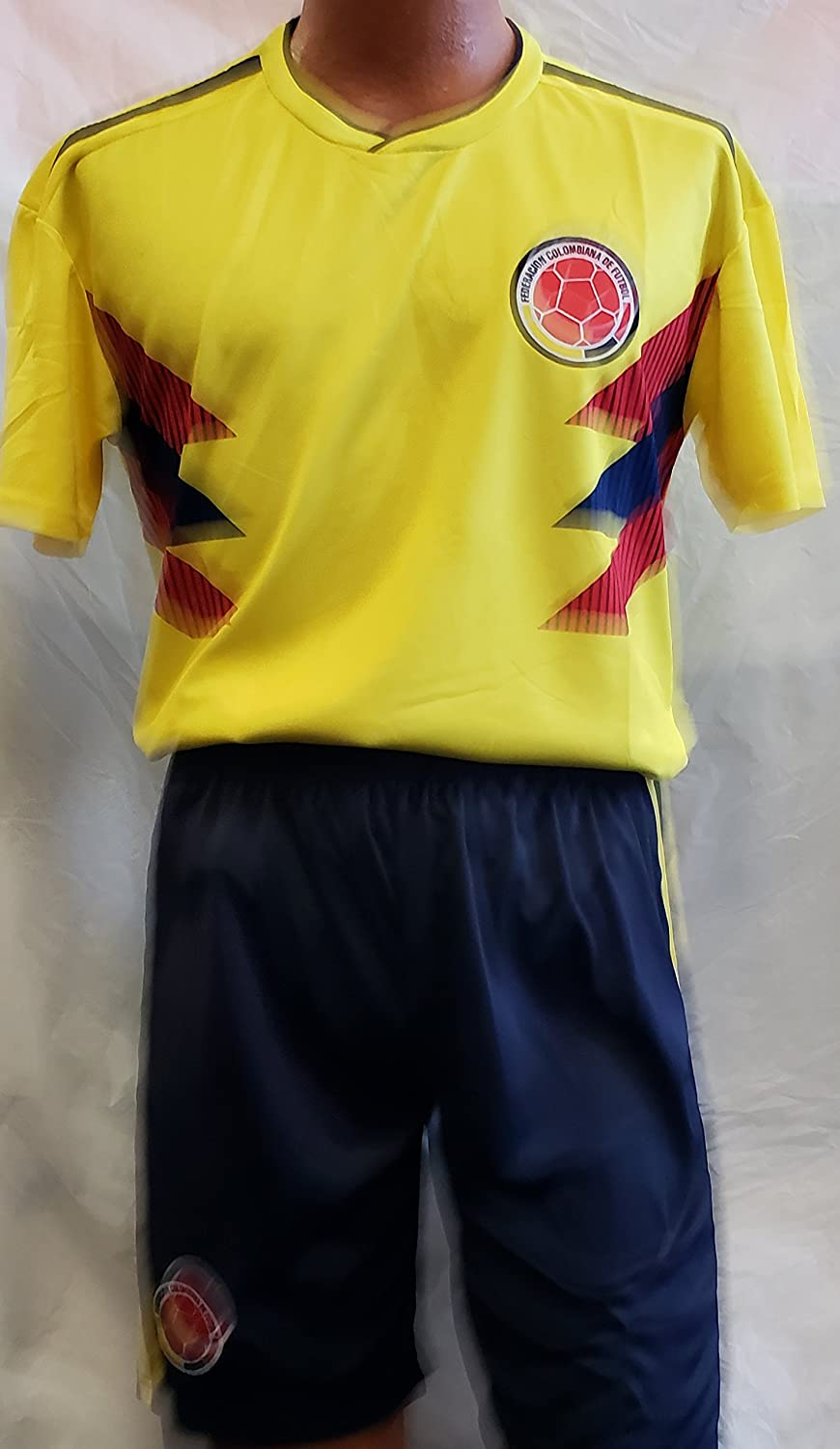 新しい。Colombia National Team 2018 Short and Jersey 2 pcサイズSmall B07CW2PHBZ