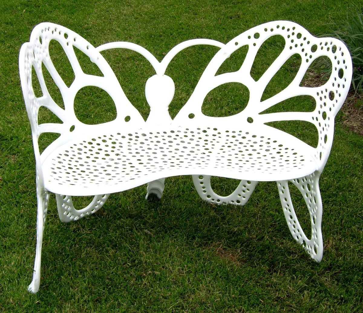 Butterfly metal chair - Amazon Com Flower House Fhbfb06w Butterfly Bench White Outdoor Benches Patio Lawn Garden