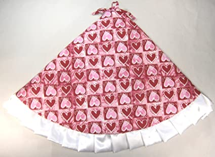 Amazon Com Valentine S Day Tree Skirt 47 Red Pink Hearts In