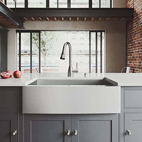 VIGO 33 inch Farmhouse Apron Single Bowl 16 Gauge Stainless Steel Kitchen Sink with Aylesbury Stainless Steel Faucet, Grid, Strainer and Soap Dispenser