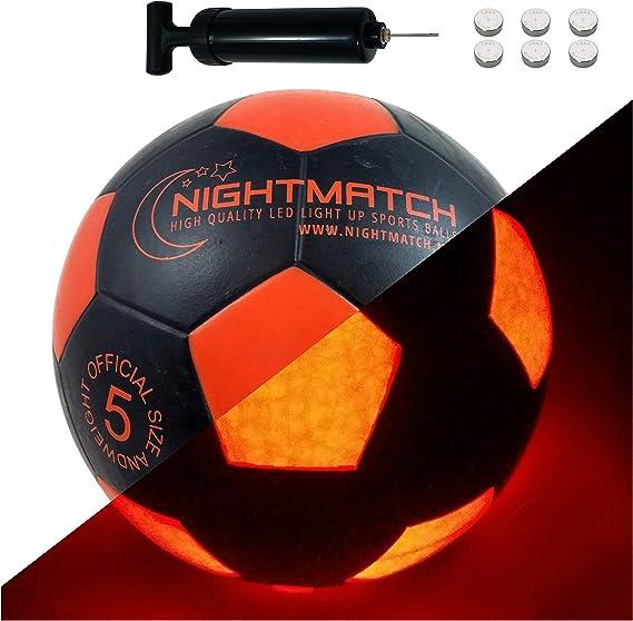 NIGHTMATCH Balón de Fútbol Ilumina Incl. Bomba de balón - LED Interior se Enciende Cuando se patea – Brilla en la Oscuridad - Tamaño 5 - Tamaño y Peso Oficial Negro/Naranja: Amazon.es: