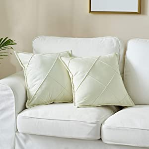 LAFAVILLE Modern Throw Pillow Covers - 2-Pack 20x20 Large Checkered Cream Pillow Cover Set - Decorative Velvet Ivory Throw Pillows Cases - Durable, Washable Cushion Cover Set for Couch, Bedroom Decor