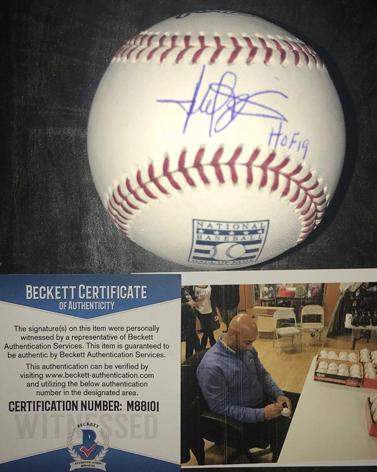 cd3258890ad Signed Harold Baines Ball - HOF 19 Hall of Fame BECKETT COA - Beckett  Authentication - Autographed Baseballs at Amazon s Sports Collectibles Store