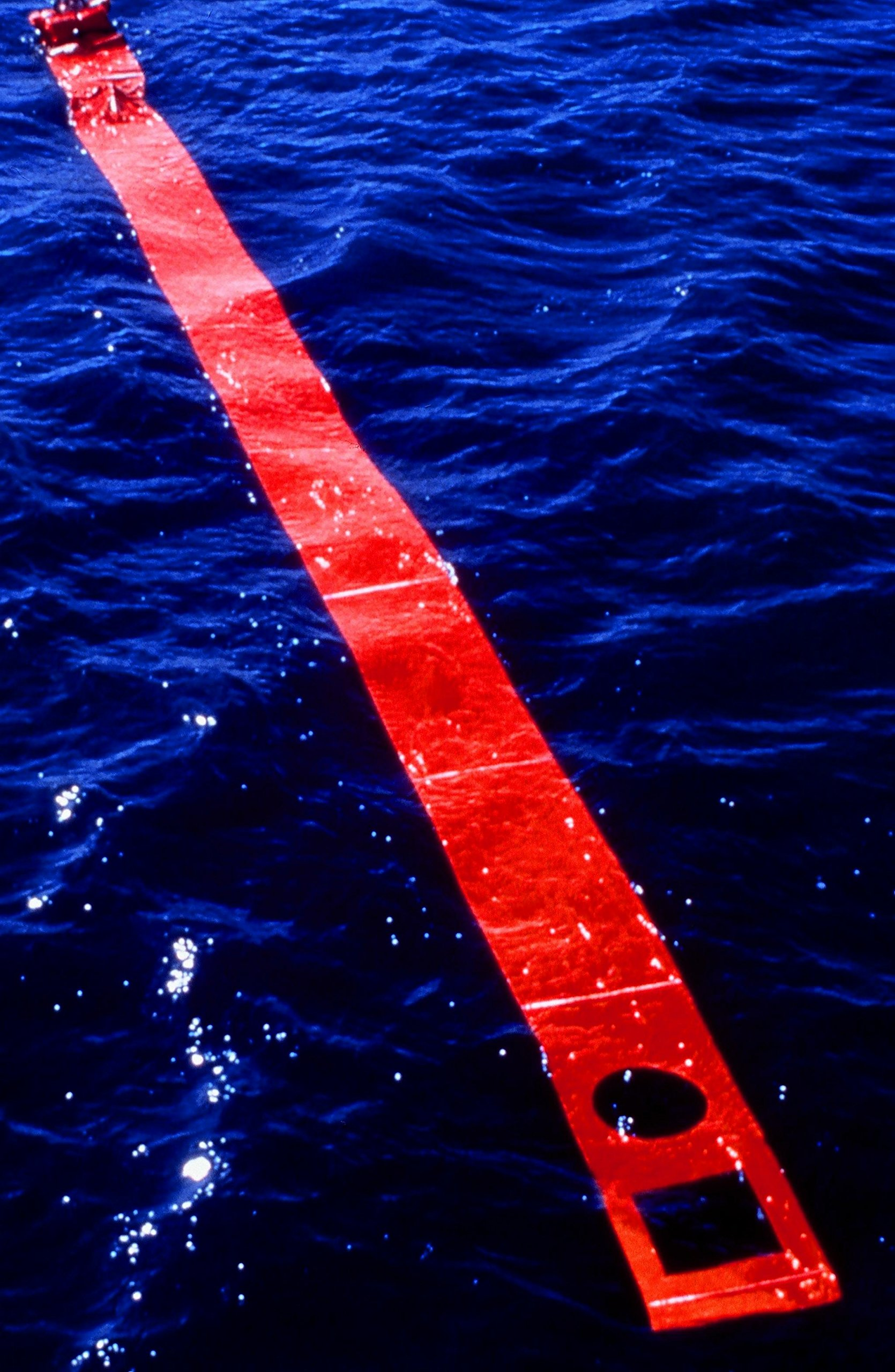 See/Rescue Streamer, Lighted Safety and Rescue Device for Any Terrain - Large by See/Rescue (Image #6)