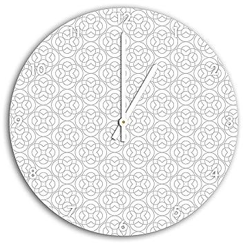 Hacer modelo, reloj de pared con manecillas a punta de flecha y esfera, artículo