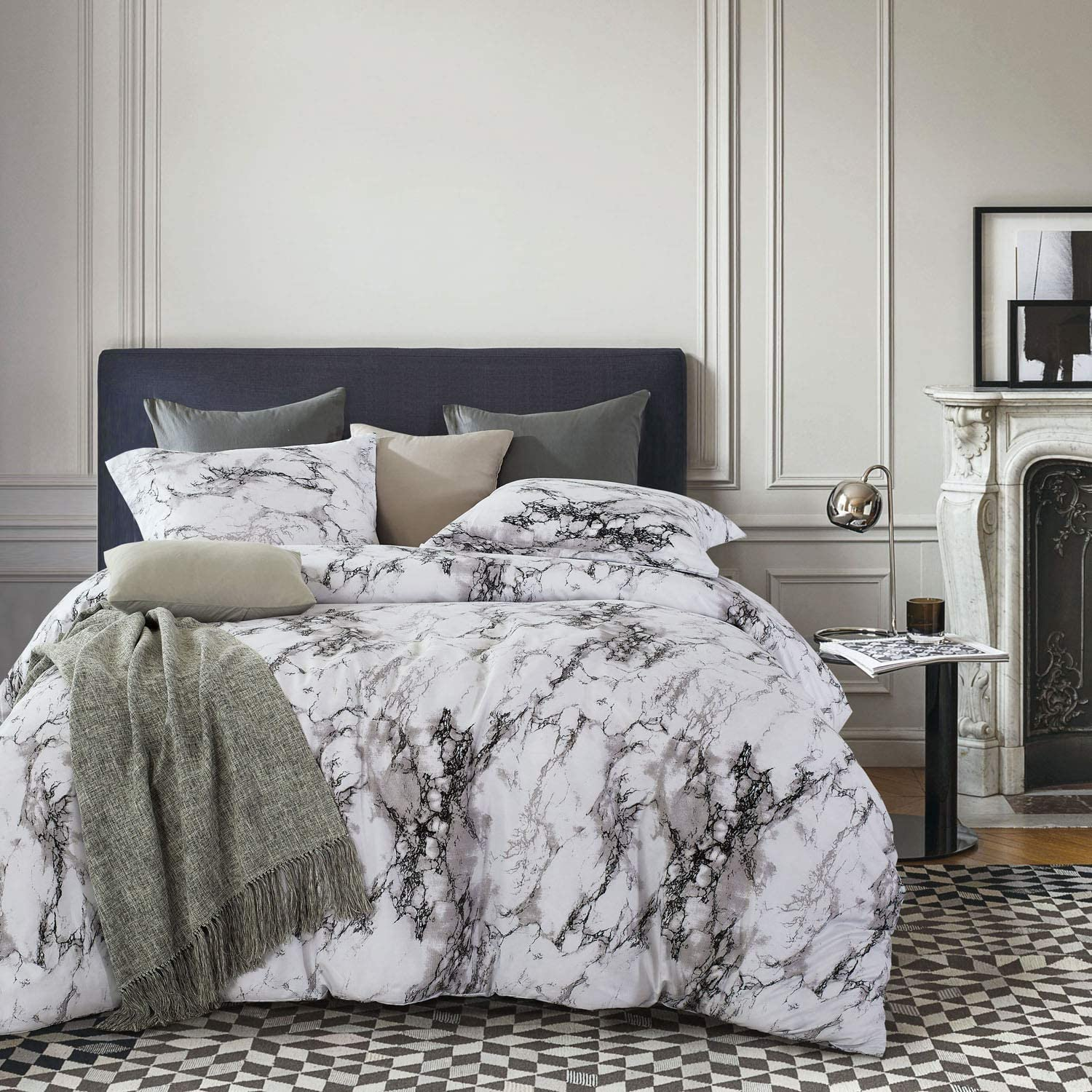 Wake In Cloud - Marble Comforter Set, Gray Grey Black and White Pattern Printed, Soft Microfiber Bedding (3pcs, California King Size)