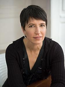 Lara Freidenfelds