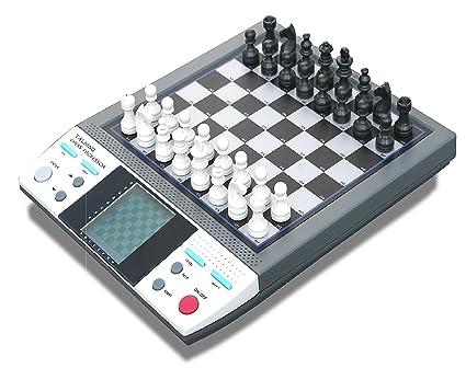 Amazoncom Talking Chess Professor 8 In 1 Chess Checkers Othello