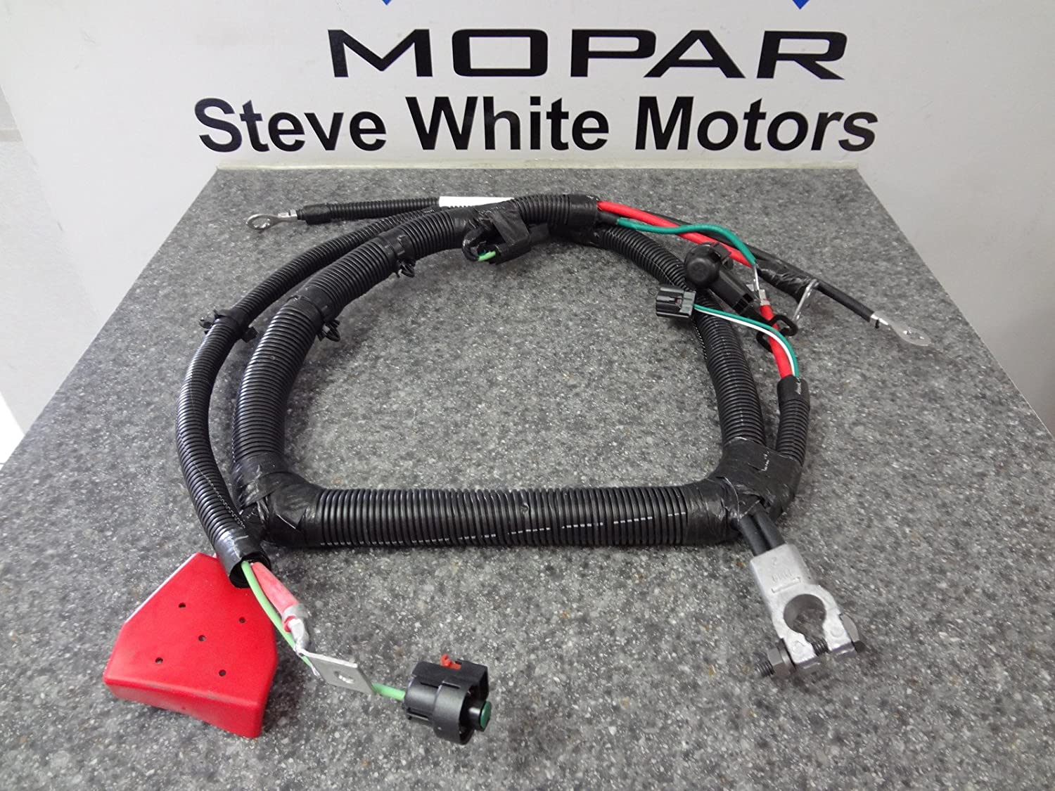 81ME6KtdwrL._SL1500_ amazon com 1999 2000 jeep grand cherokee battery cable wiring battery wiring harness at aneh.co