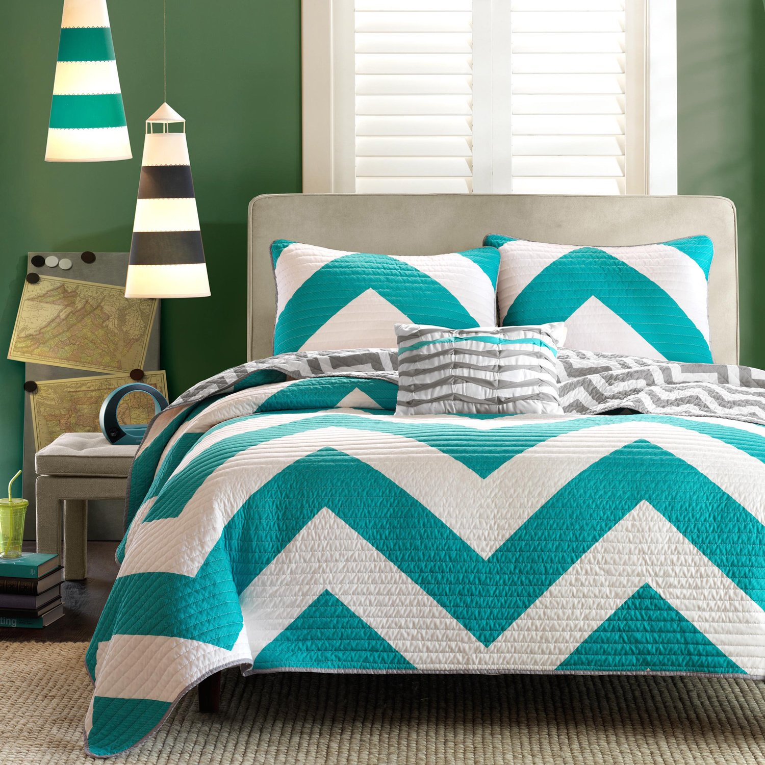 4 Pc Zig Zag Reversible Chevron Bedspread Quilt with Matching Shams and Cushion pillow - Aqua, Black, Pink Teal/Grey