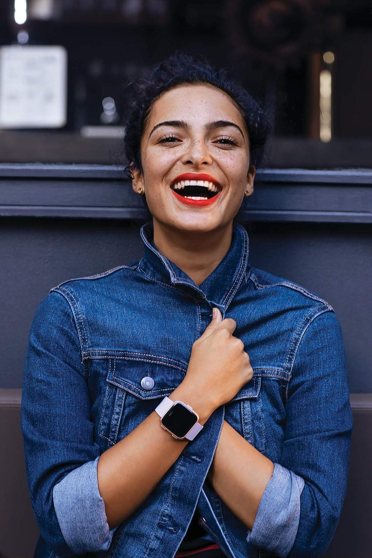 Negro Gris Fitbit Versa Smartwatch Deportivo