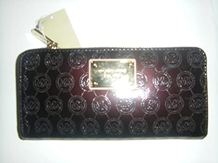7bdd24f6ecfe Amazon.com : Michael Kors Jet Set ZA Continental Mono Patent Wallet Coffee  : Everything Else