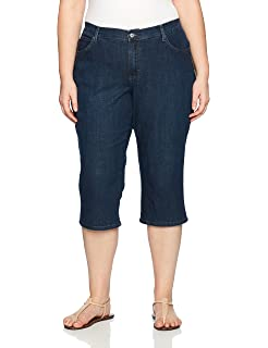 1bd4a9d75245b LEE Women s Plus-Size Slimming Fit Pull on Capri Jean at Amazon ...