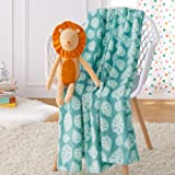 AmazonBasics Kids Laughing Lions Patterned Throw Blanket with Stuffed Animal Lion