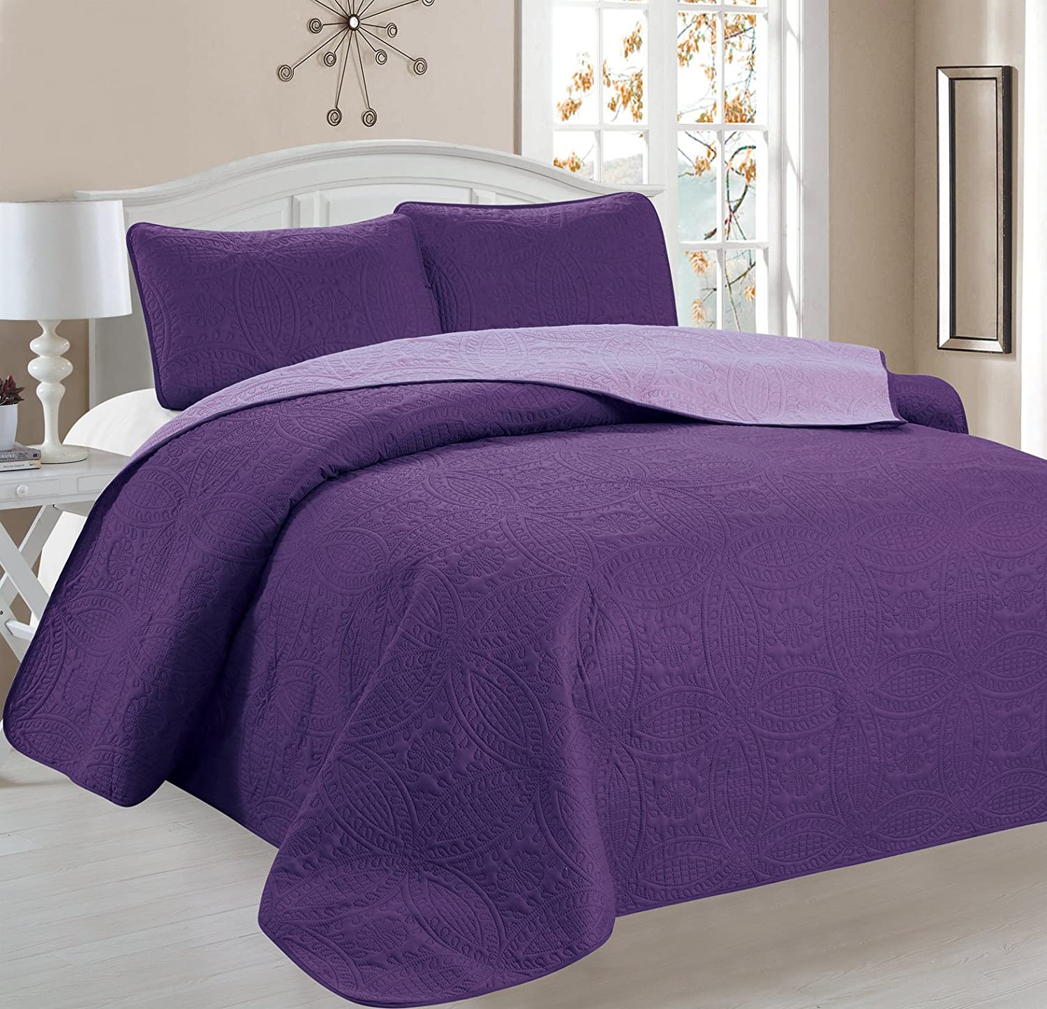 Victoria Design Reversible 3 PC Quilt Bedspread Set