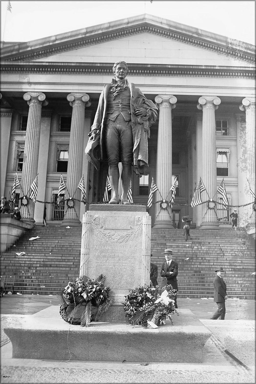 "24""x36"" Gallery Poster, Alexander Hamilton Statue, Washington D.C. 24200u Original"