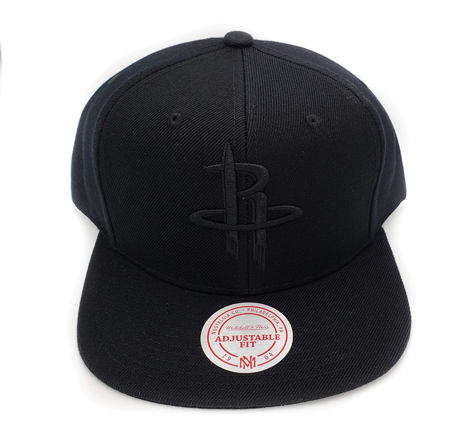 5322d5c04f33c Amazon.com   Mitchell   Ness Houston Rockets Black on Black HWC Current  Solid Wool Adjustable Snapback Hat NBA   Sports   Outdoors
