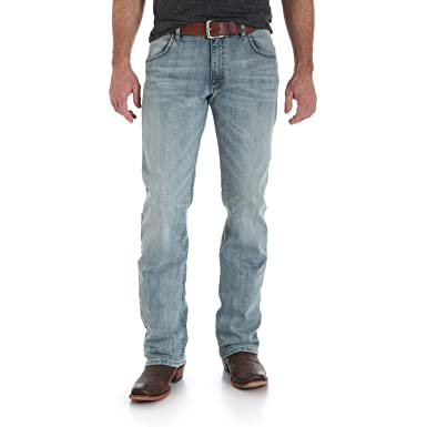a35419ad Wrangler Men's Retro Slim Fit Boot Cut Jean at Amazon Men's Clothing store: