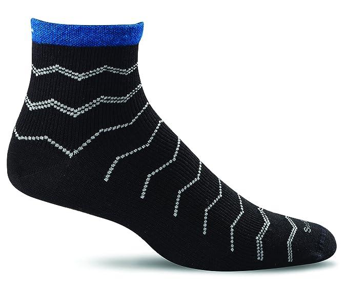 c4c50c0d83 Sockwell Men's Plantar Fasciitis Firm Compression Socks, Black, Medium/Large