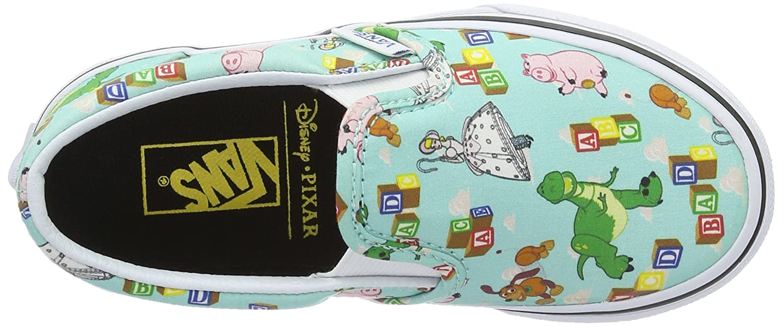 2bb4c2a89647a5 Vans Unisex Kids  Slip-on Low-Top Sneakers  Amazon.co.uk  Shoes   Bags