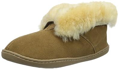 a5b7ea927 Amazon.com | Minnetonka Women's Sheepskin Slipper Boot | Ankle & Bootie