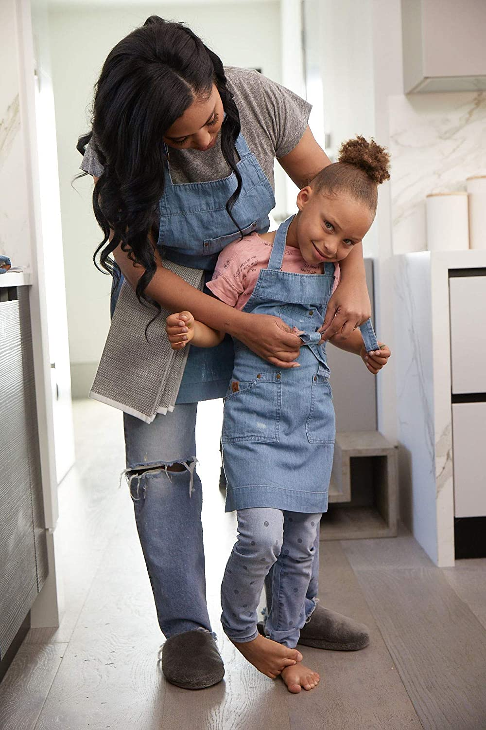 Aqua Garden Kaf Home Ayesha Curry Chef Hostess Kid Apron The Art Room Or Anywhere You Interact With Your Toddlers Perfect For Your Kitchen
