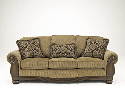 Genial Ashley Furniture Signature Design   Lynnwood Sofa   Traditional Design    Amber
