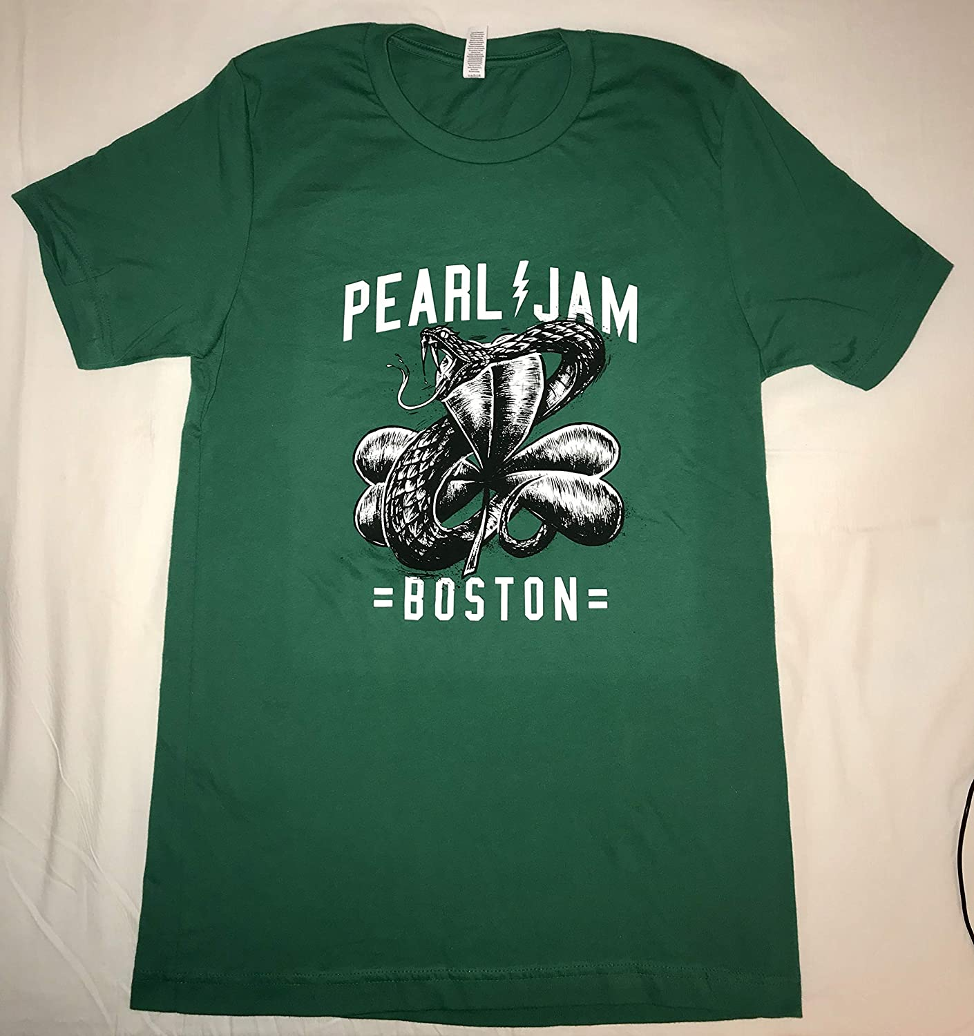 Pearl Jam t shirt boston fenway park snake and clover green large 2018 tour pj concert t-shirt new