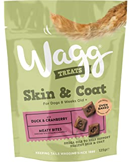 Wagg Duck and Cranberry Skin and Coat Dog Treats 125 g 1061f3bad