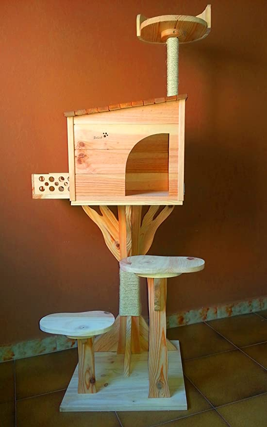 Arbol rascador para gatos con casa de madera artesanal nueva. 154cm Altura