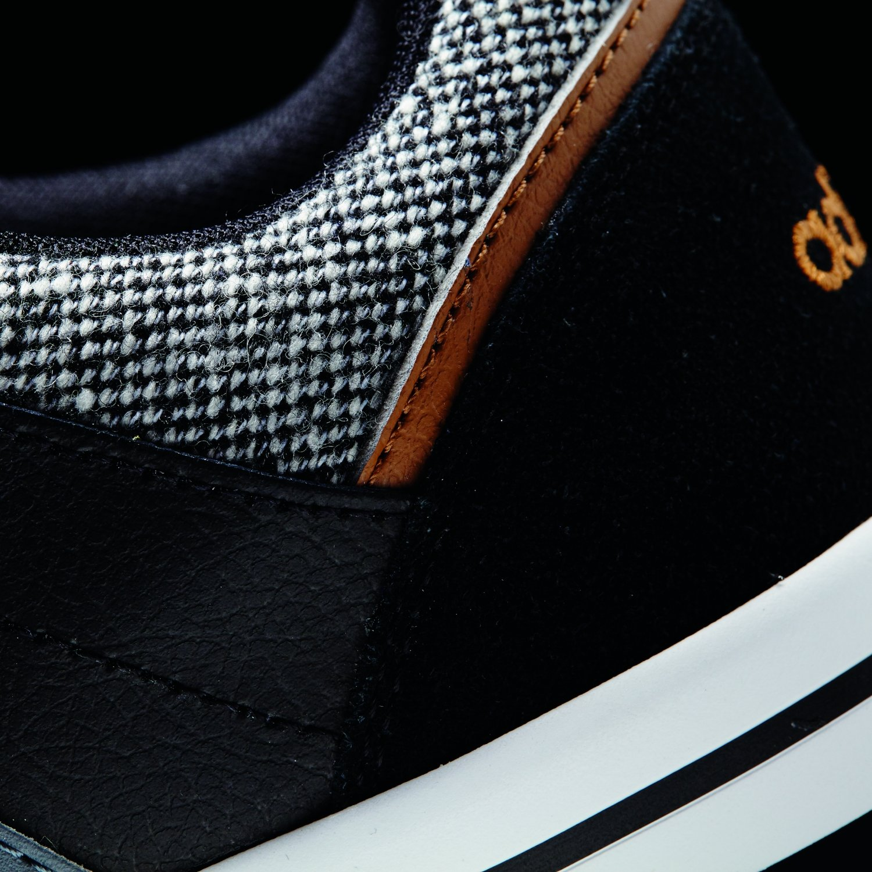 adidas F98431 Cacity, Sneaker Uomo, Nero (Schwarz kombi), 46.5: Amazon.it:  Scarpe e borse